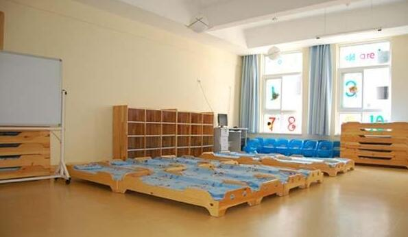 背景墙 房间 家居 起居室 设计 卧室 卧室装修 现代 装修 595_346